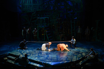 Peter And The Starcatcher Z Light Design
